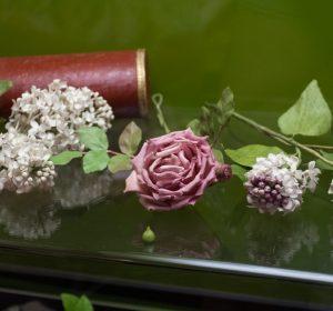 ricamo-fiori-artificiali