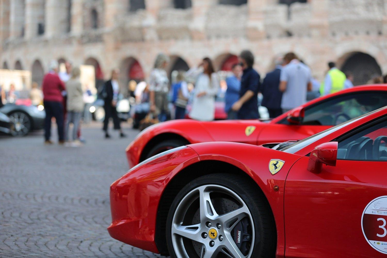 Ferrari in Piazza Bra