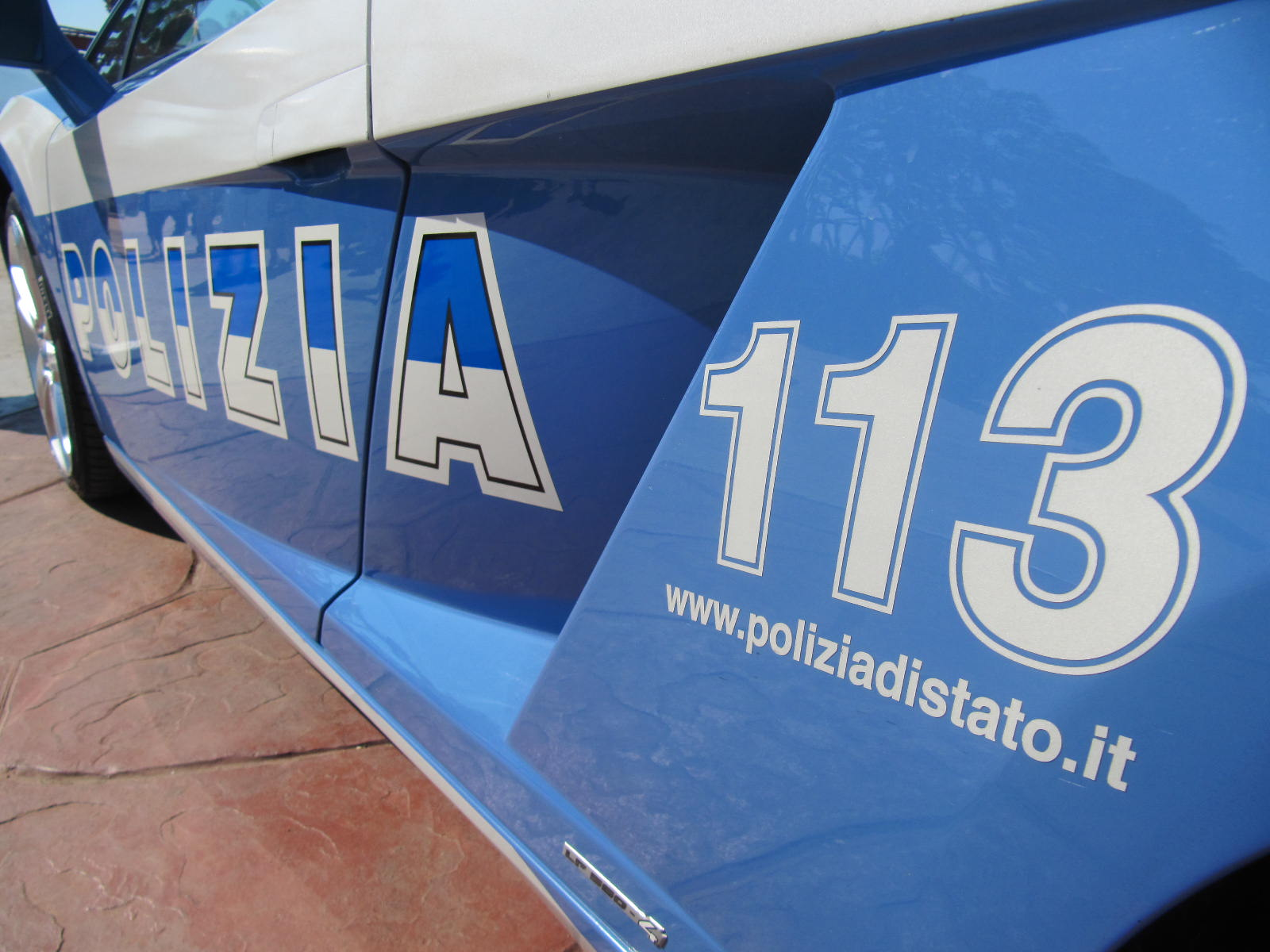 Polizia di Stato arresta giovane per maltrattamenti