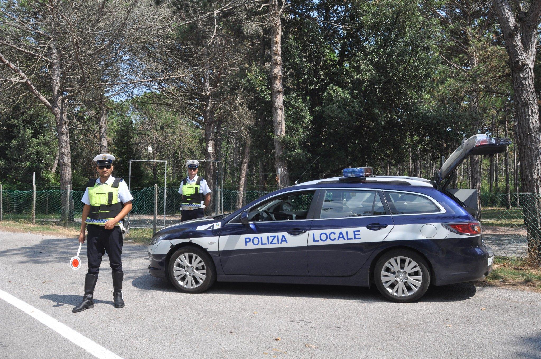 polizia-locale controlli a verona