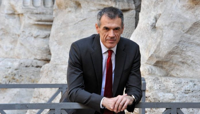 L'economista Carlo Cottarelli.