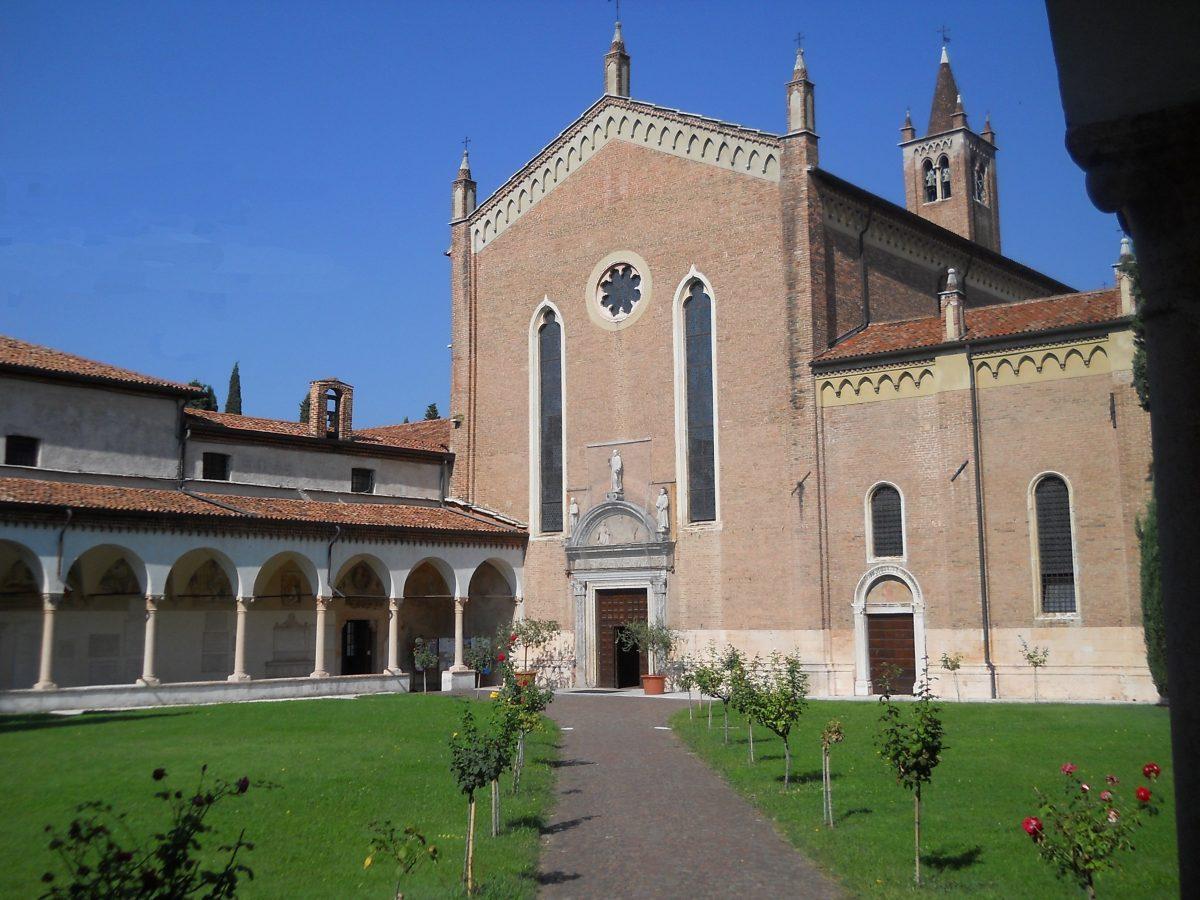Chiesa e chiostro di San Bernardino Verona