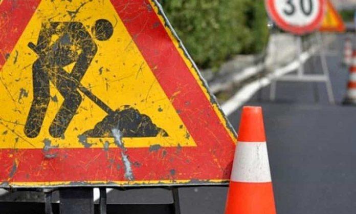via palazzina asfalto lavori in corso via città di nimes lavori in viale dal cero