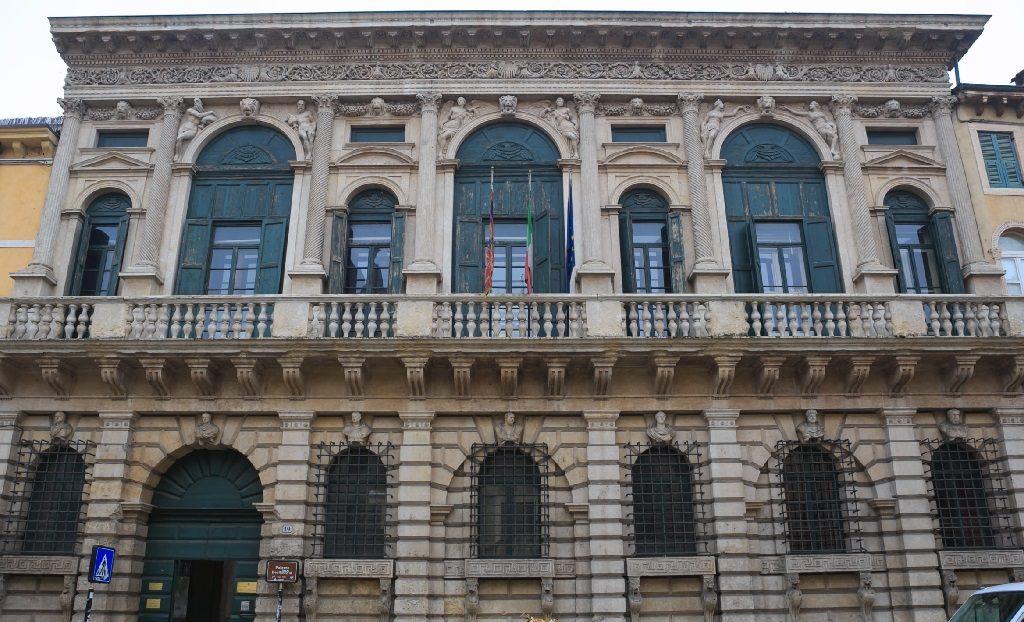 Palazzo Bevilacqua Verona Minor Hierusalem