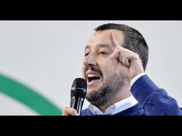 Matteo Salvini vilipendio