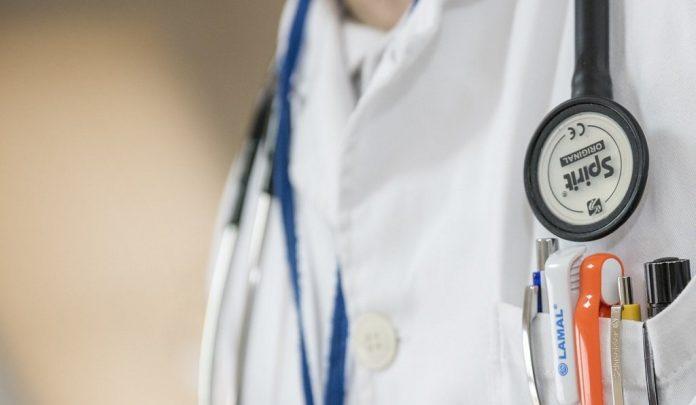 medico influenza dottore