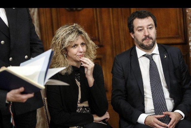 Flat Tax botta e risposta Salvini Lezzi Di Maio