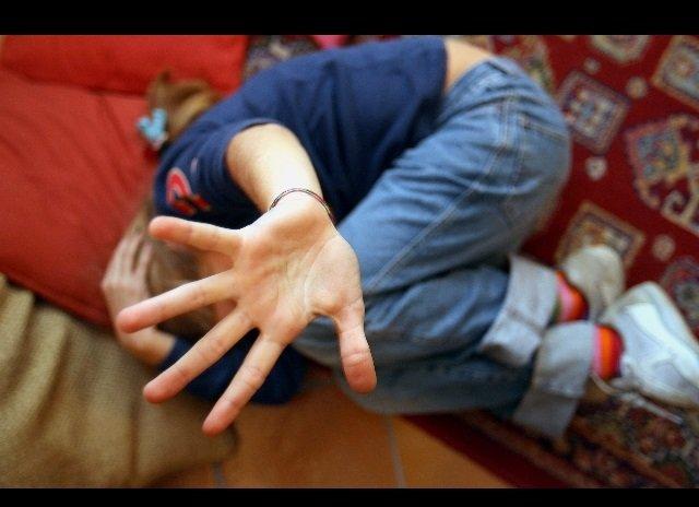 abusi su bimba bologna