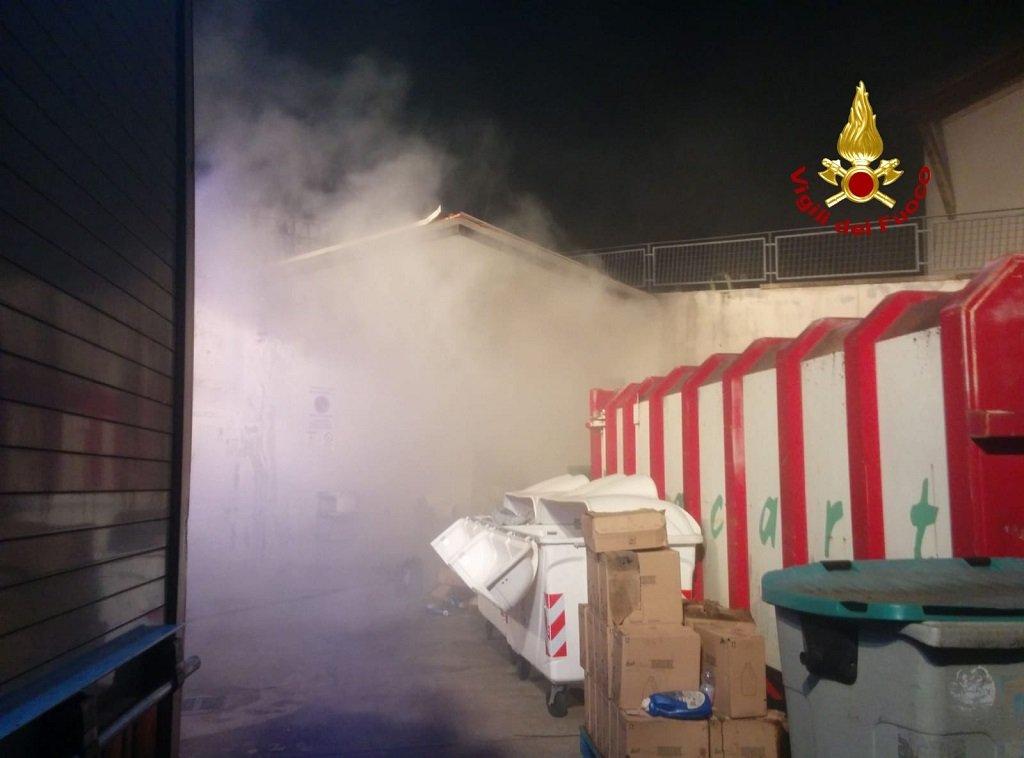 incendio costermano vigili del fuoco