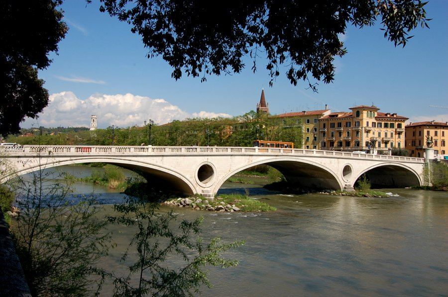 ponte della vittoria Borgo Trento