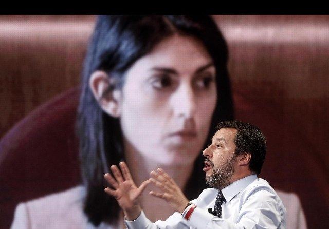 Salva Roma Salvini Raggi