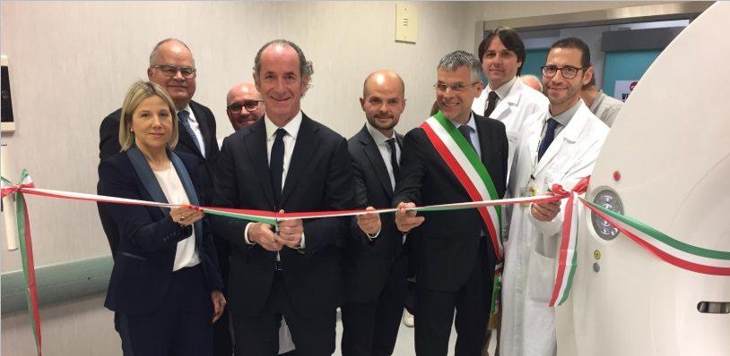 Luca Zaia inaugurazione tac carenza medici sanità