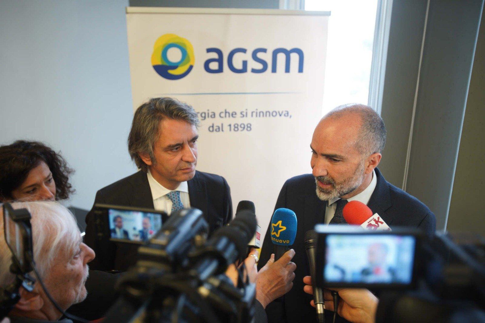 Il sindaco di Verona Federico Sboarina e il presidente di Agsm Daniele Finocchiaro