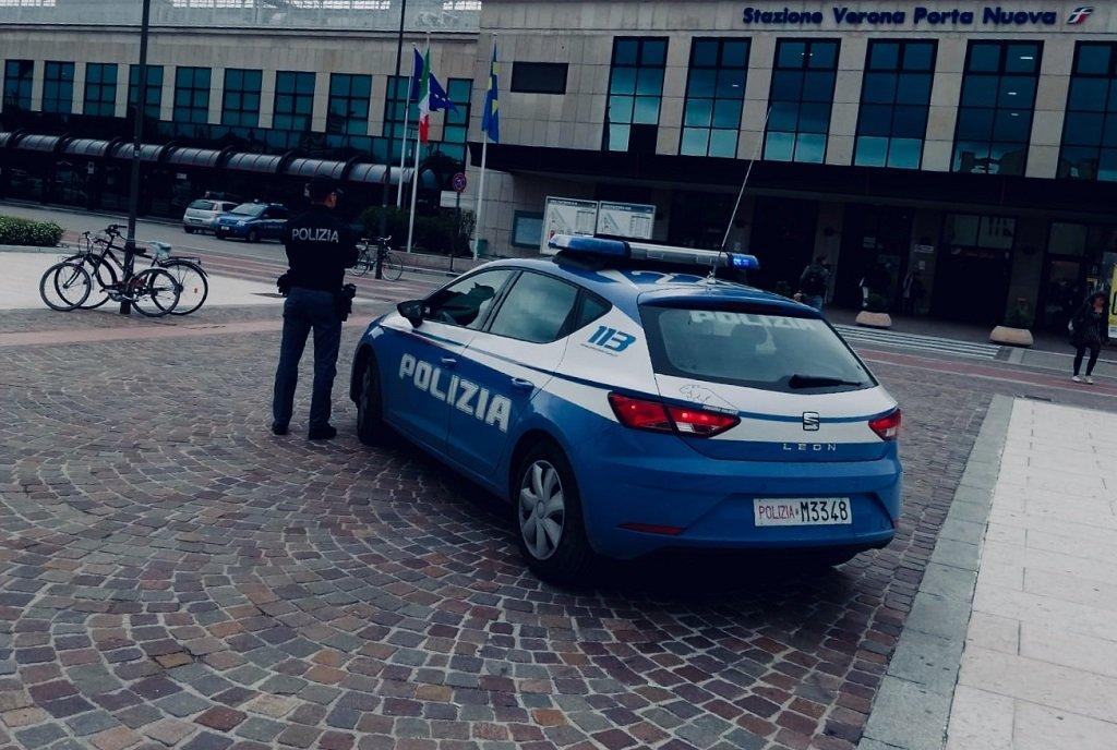 ladri di biciclette Arresti Volanti Stazione Tentato furto aggravato