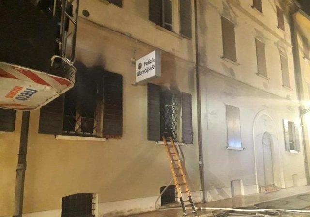 incendio vigili Mirandola