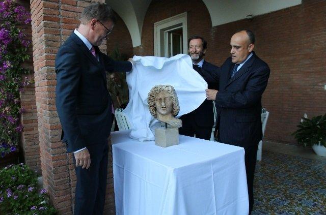 testa di marmo romana restituita all'Italia
