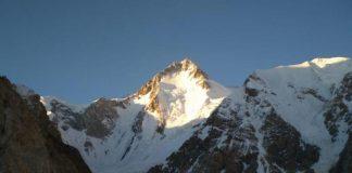 valanga travolge alpinisti in pakistan