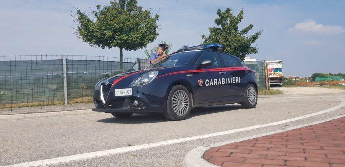 minaccia carabinieri