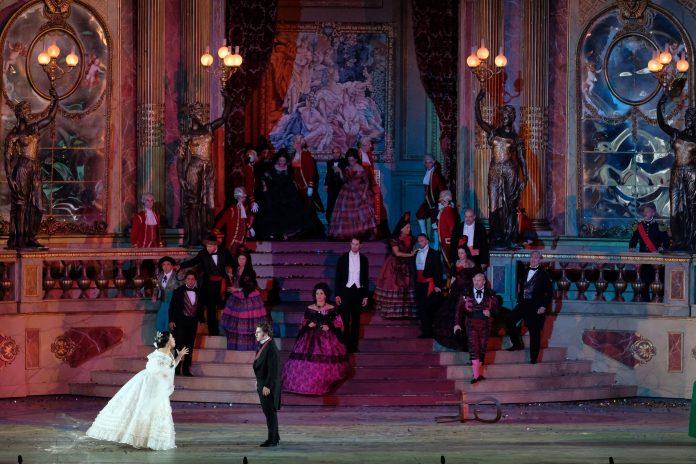 traviata arena
