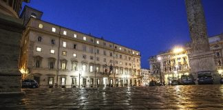 def vertice notturno palazzo Chigi