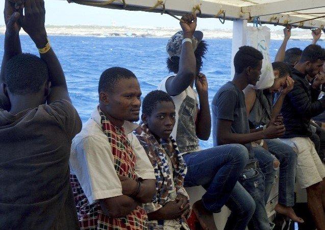 migranti in calabria
