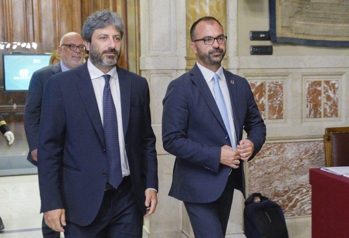 Roberto Fico Lorenzo fioramonti ricerca istruzione scuola