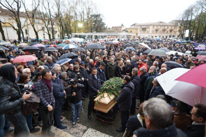 Funerale Roberto Puliero