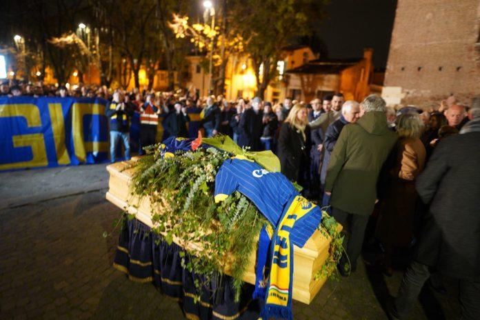 funerale roberto puliero hellas