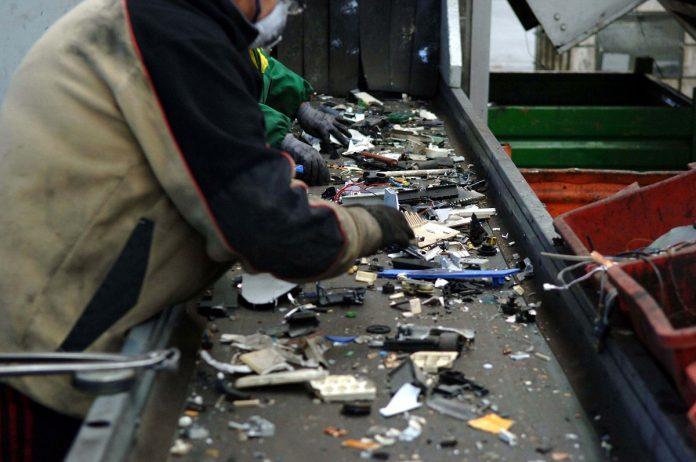 rifiuti riciclo smaltimento immondizia