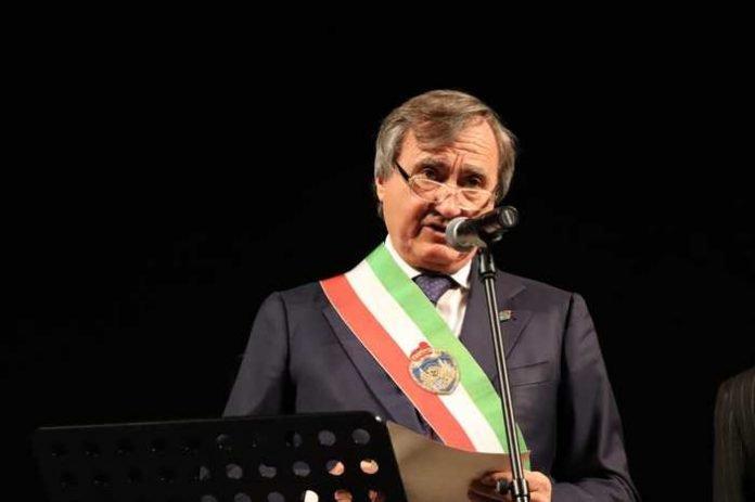 Luigi Brugnaro vuole offrire la cittinanza di Venezia a Liliana Segre