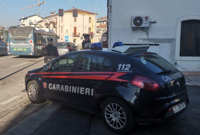 carabinieri borgo venezia ubriaco al volante