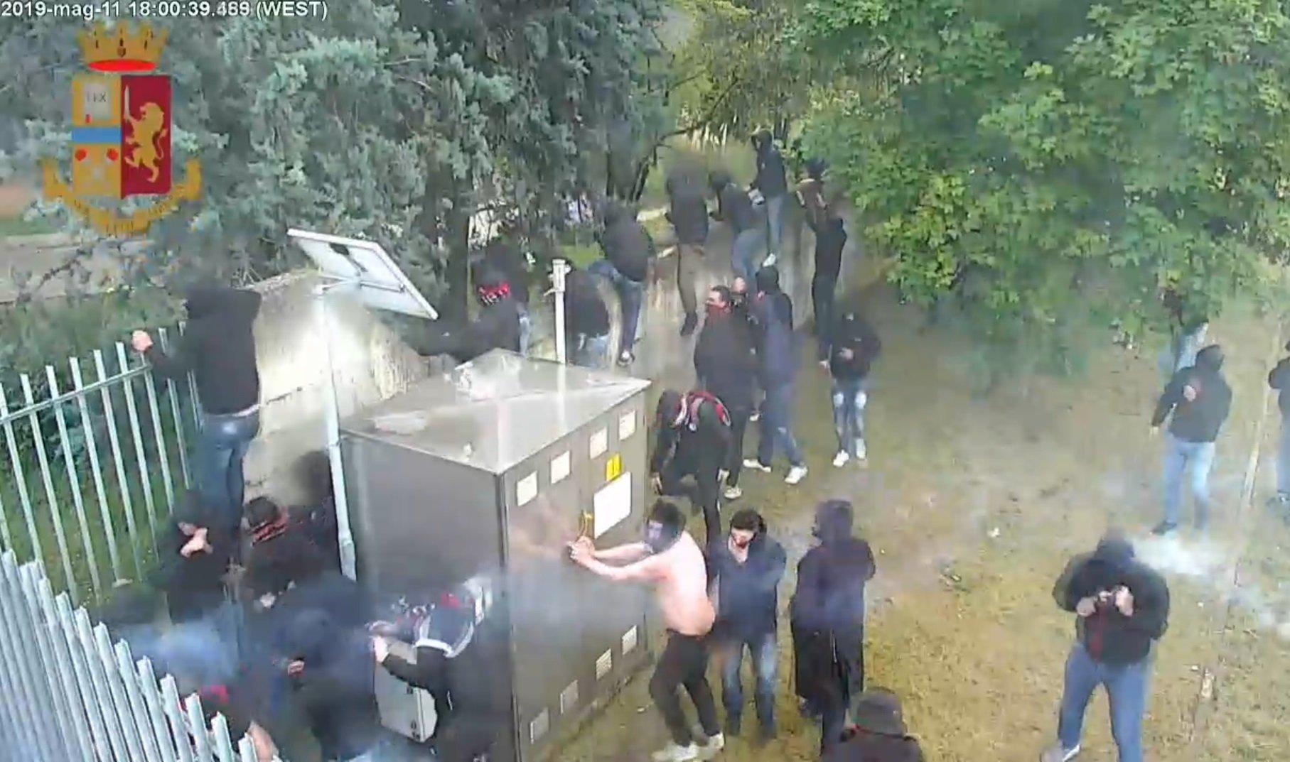 daspo hellas foggia scontri polizia 11 maggio 2019
