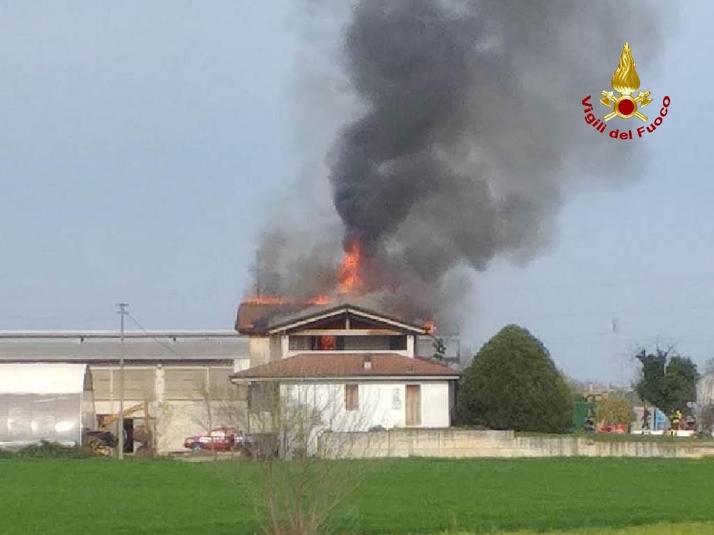 incendio mozzecane tormine