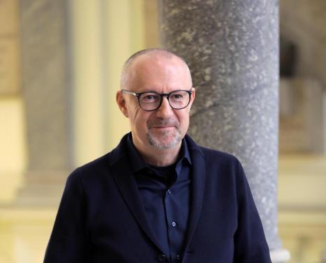 Sandro Veronesi, presidente azienda Calzedonia mascherine