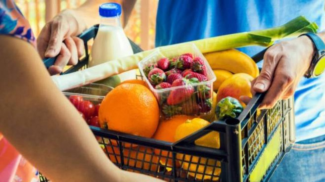 spesa supermercato ipermercato mercato frutta verdura