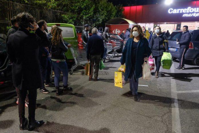 supermercati non chiudono
