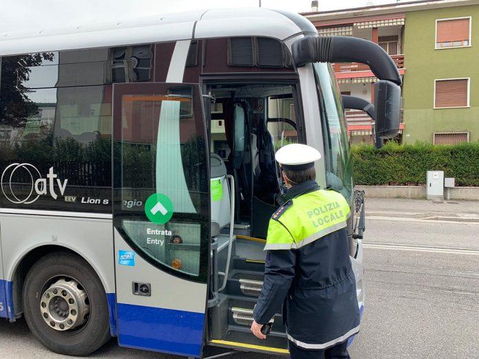 verifiche_bus atv polizia locale