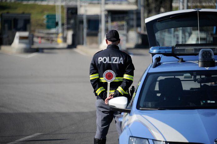 IMAGO ECONOMICA 2020 - chiusura coronavirus controlli polizia