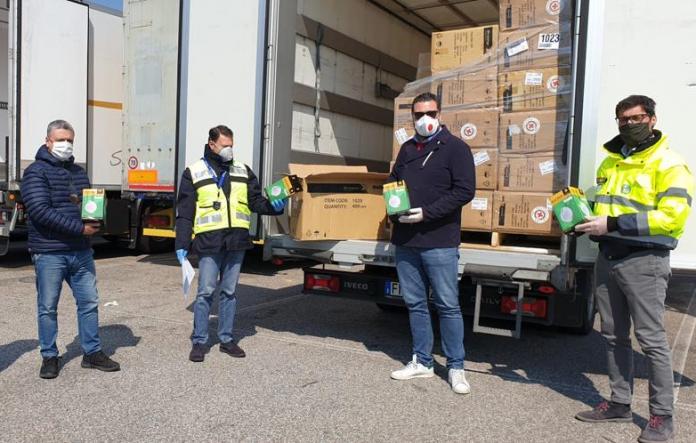 Il carico di mascherine da Hangzhou aiuti per verona