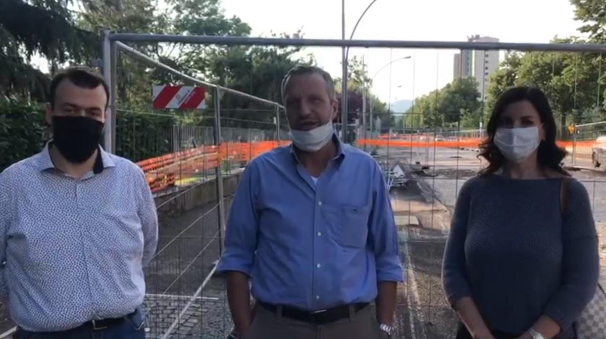 Paolo Meloni, Flavio Tosi, Patrizia Bisinella filobus
