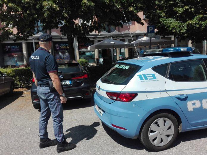 08.07.2020 - Volanti Polizia Delphi's bar Borgo Nuovo