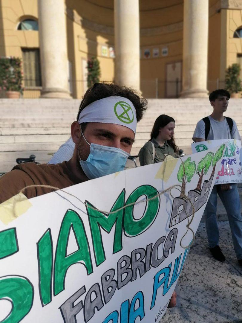 Operazione Falangio - Extinction Rebellion - Piazza Bra Verona