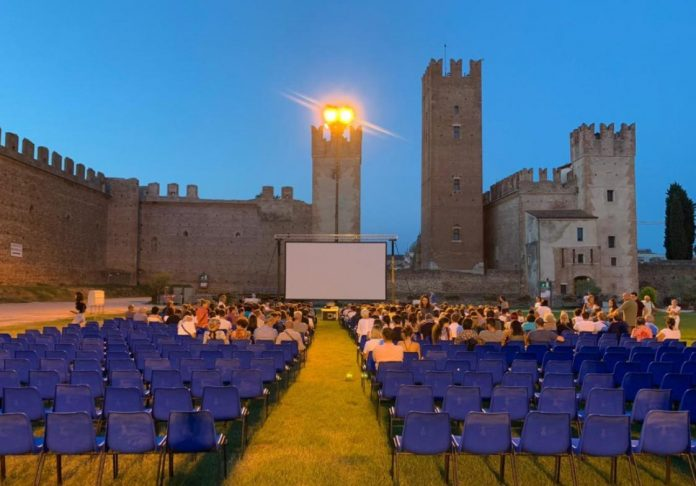 Cinema castello villafranca