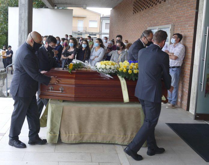 funerale teresa scavelli (1)