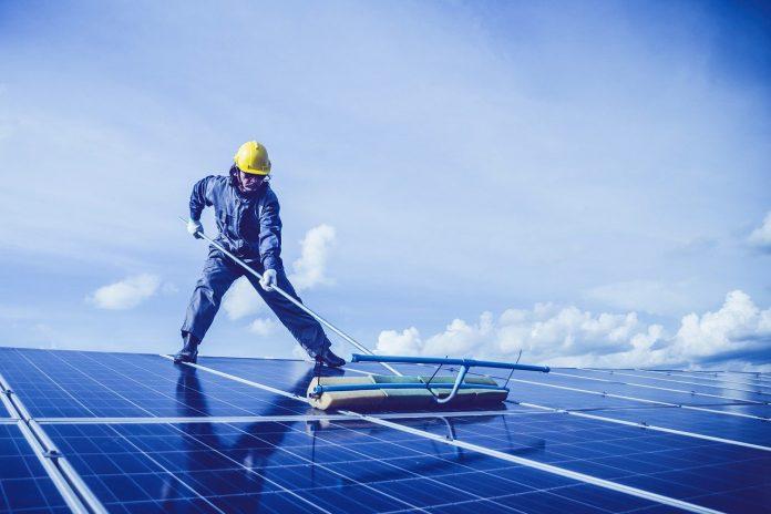 pixabay pannelli solari green economy ecosostenibilità sostenibilità lavoro green