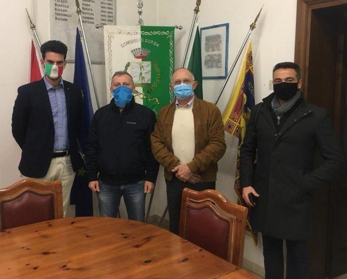 Giovani confagricoltura contrari a car fluff a Sorgà - Da sx Ferrarese, Nuvolari, Montarini e Michele Barini comitato no discarica