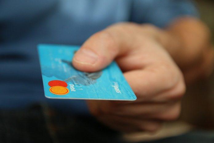 carta di credito bancomat banca atm pagamenti elettronici moneta elettronica pagamento elettronico