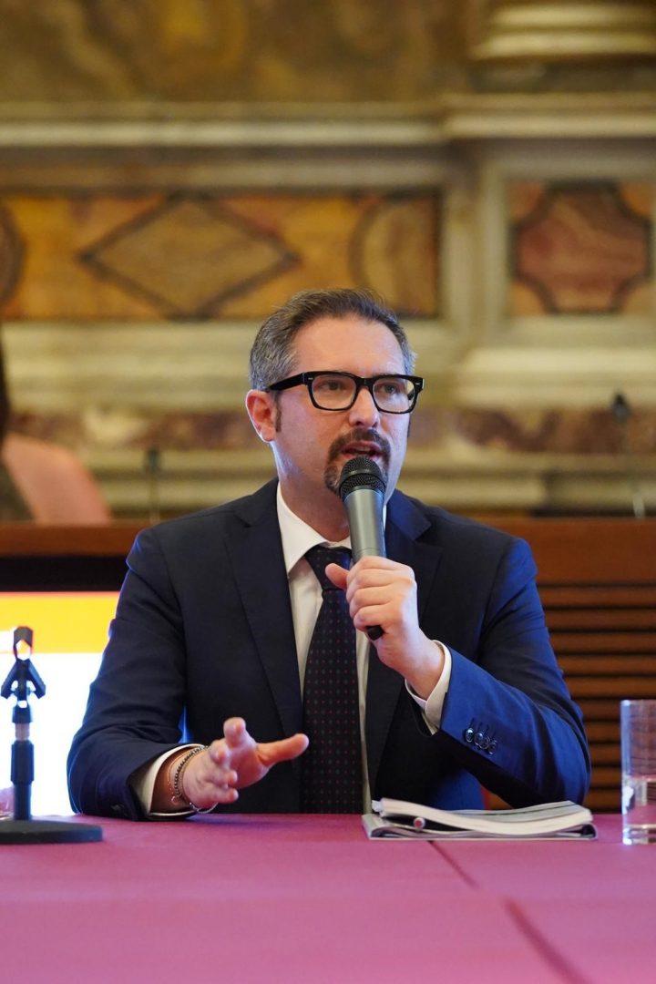 Il presidente e fondatore di Verona Domani e coordinatore del gruppo consiliare Battiti per Verona Domani, Matteo Gasparato.