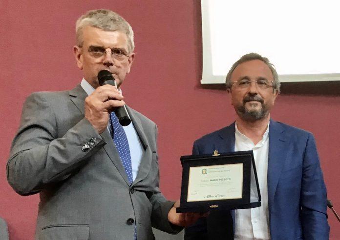 Mario Pezzotti (a dx) con Paolo Ferrarese di Confagricoltura Verona