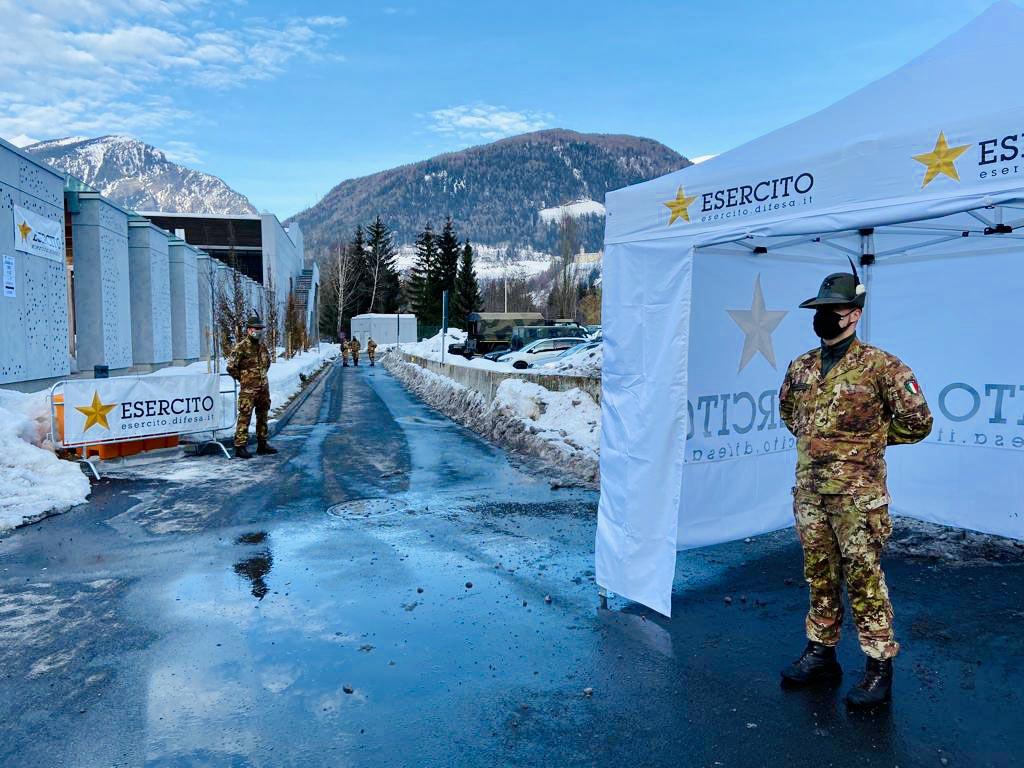 Blocco del Brennero - A22 - Unità Esercito al Top Stop Sadobre
